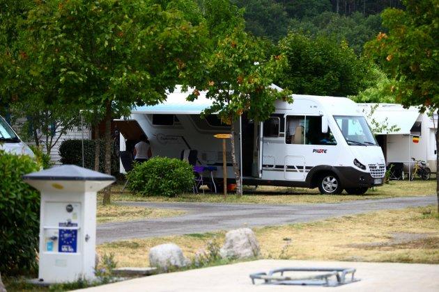 Camping car lou rouchetou les vans